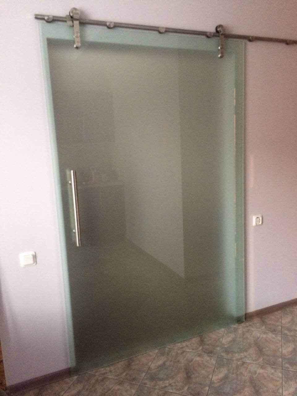 Стеклянные двери 16