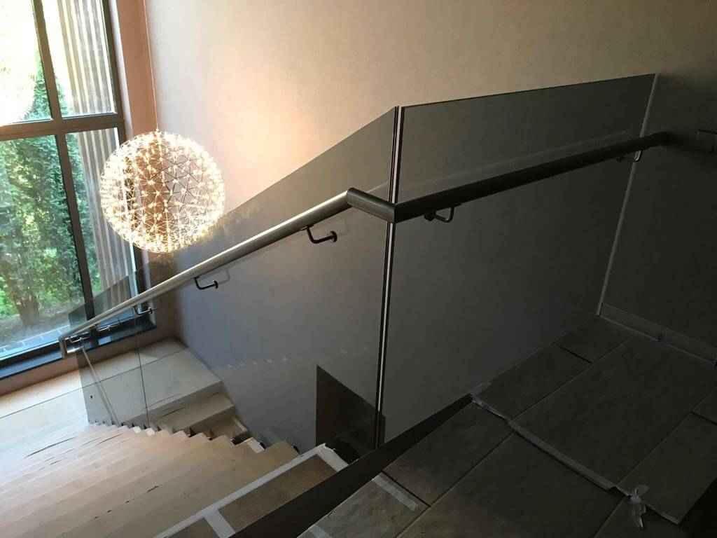 Стеклянная Лестница 117